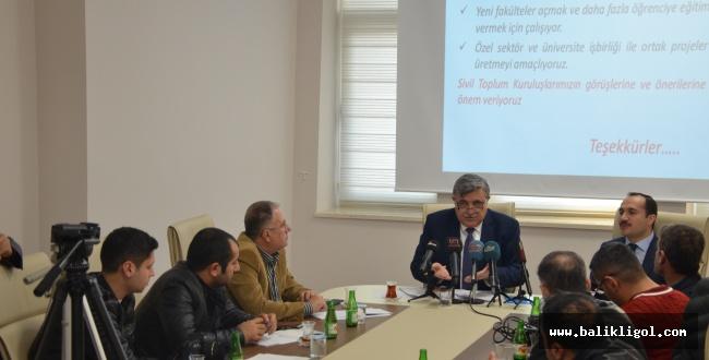 Harran Üniversitesi 2017-2018 Eğitim Öğretimini Değerlendirme Toplantısı