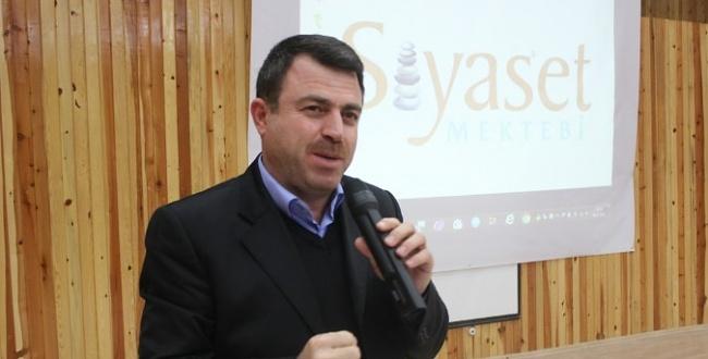 HÜDA PAR Genel Başkan Yardımcısı Yavuz, Siyaset Mektebinde konuştu