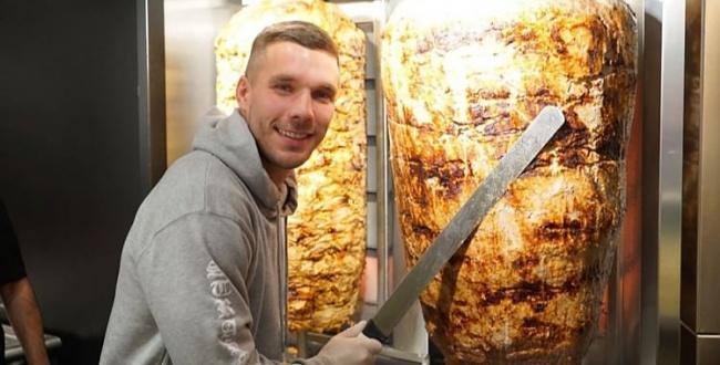 Podolski, Urfalılarla dönerci oldu