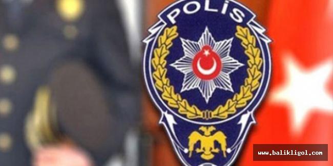 Yeni KHK ile 12 polis Urfa'da göreve iade edildi