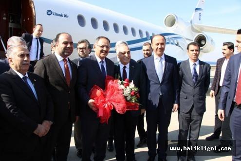 Bakan Mehmet Özhaseki Şanlıurfa'ya Geldi