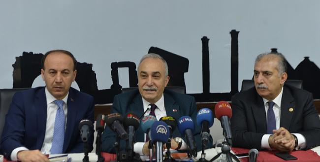 Fakıbaba: Farkında olmasaydık, 3 yıl sonra FETÖ sessiz bir şekilde Türkiye'yi zapt etmiş olacaktı