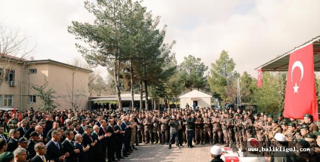 Şanlıurfa askerlerini dualarla afrin'e yolladı
