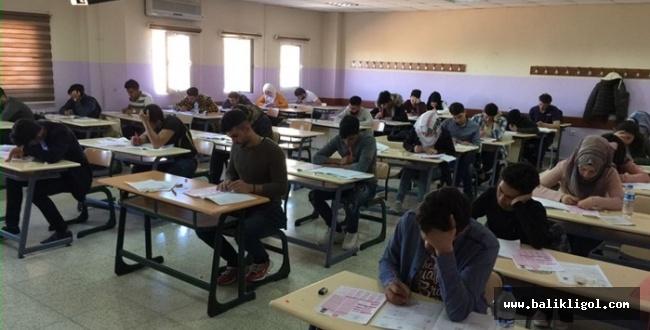 Harran YÖS sınavına yoğun ilgi