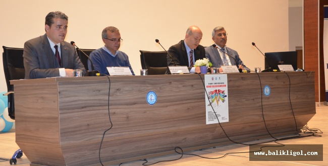 HRÜ İktisat Fakültesinden 'Vergi Geleceğimizdir' Paneli