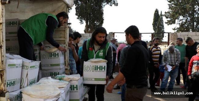 İnsani yardım kuruluşları Afrin'de yardım dağıttı