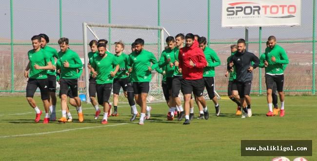 Şanlıurfaspor Karşıyaka maçının hazırlıkları sürdürüyor