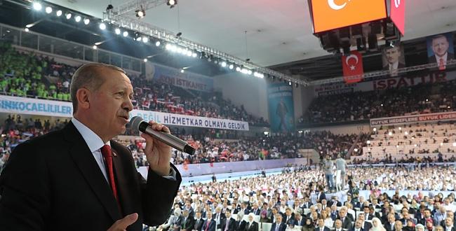 Erdoğan, AK Parti 6. Olağan Büyük Kongresinde dünyaya mesaj verdi