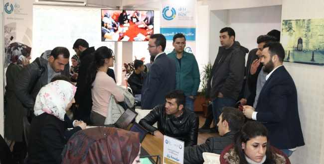 İşsiz Suriyeliler için Rızık İstihdam Büroları açıldı