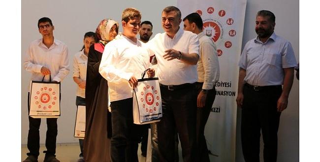 Şanlıurfa'da Görme Engelli Gençlerin Azmi Hayran Bıraktı