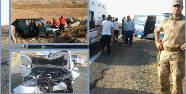 Urfa'da Feci Kaza! Araca Sıkışan 5 kişi itfaiye yardımıyla çıkarıldı