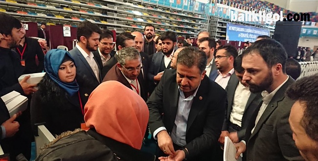 AK Parti Şanlıurfa'da temayül yoklaması yaptı, il başkanı teşekkür etti