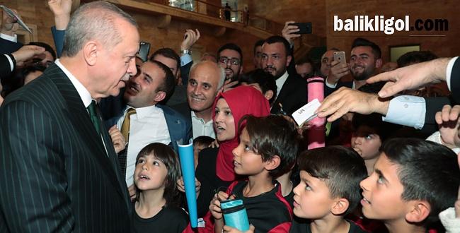 Başkan Erdoğan: AK Parti 'ben' partisi değil 'biz' partisidir