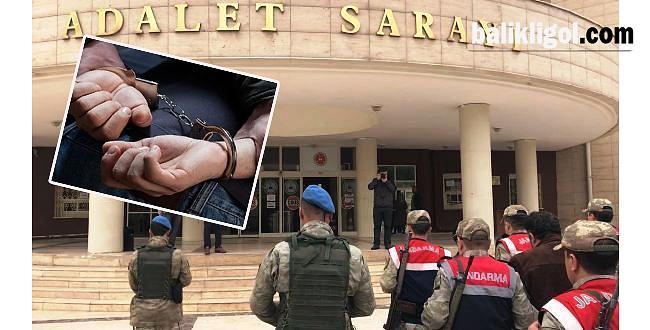 Birecik'te Mahalle Muhtarı Gözaltına Alındı