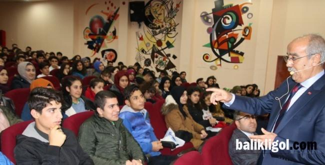 Abdulkadir Açar, Gençlere Hedefe Ulaşmanın Yollarını Anlattı
