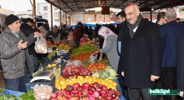 Aslan Ali Bayık semt pazarı esnafı ile buluştu