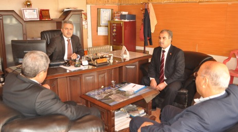 AK Partiden Ertuğrulgazi muhtarına ziyaret