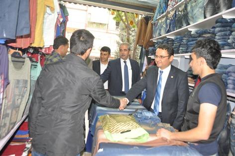 Mahmut Kaçar Haşimiye ve Yıldız Meydanı esnafını ziyaret etti