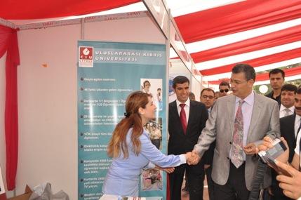 Şanlıurfa'da 39 üniversite stant açtı VİDEO