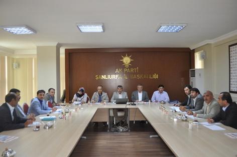 AK Parti AR-GE toplantısında seçim konuşuldu
