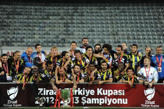 Fenerbahçe Trabzon'u yendi, Ziraat Türkiye Kupasını aldı