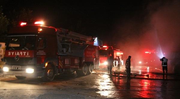 Şanlurfa'da Korkutan Fabrika Yangını VİDEO
