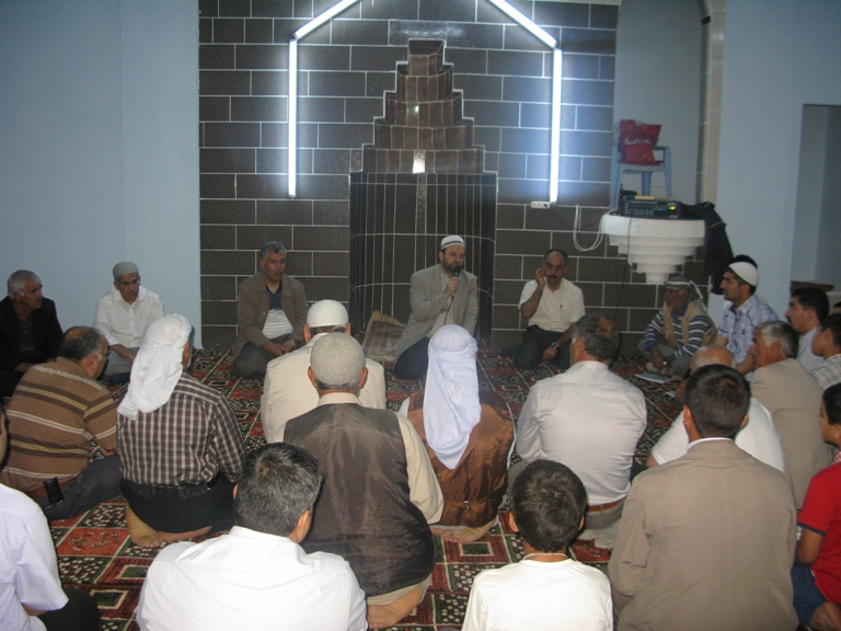 Karaharebe Köyü Camii İbadete Açıldı