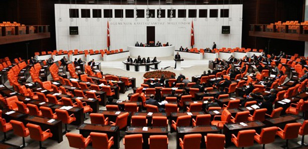 AK Parti'nin yeni Grup Başkanvekilleri Belli Oldu