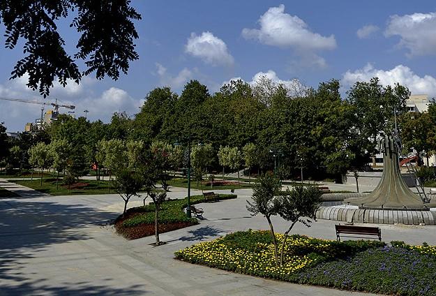 Gezi Parkı yarın açılacak