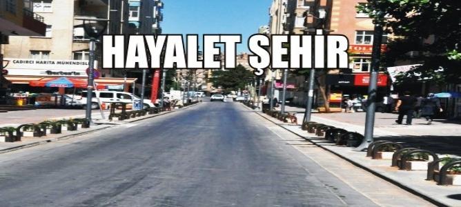 Urfa'da Sokak ve Caddeler Boşaldı