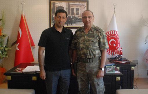 Urfa Jandarma Komutanı Dursun'dan veda ziyareti