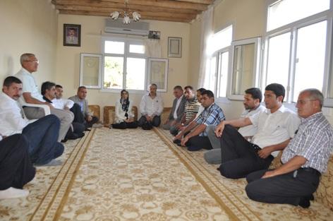 AK Parti İl Teşkilatından Karahan'a taziye ziyareti