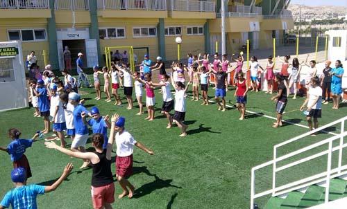 Yaz spor okullarından 4200 genç yararlanıyor