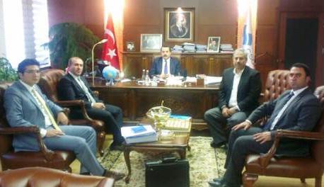 Bakan Çelik, İlçe Başkanlarını tebrik etti