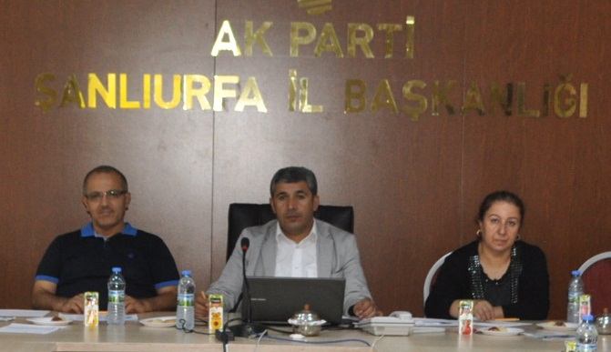 AR-GE Toplantısında Gündem; Siyaset Akademisi