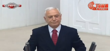 Mehmet Haberal TBMM'de yemin etti
