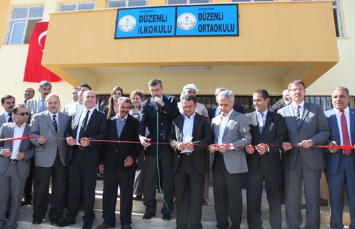 Düzenli Köyü Yeni Okuluna Kavuştu