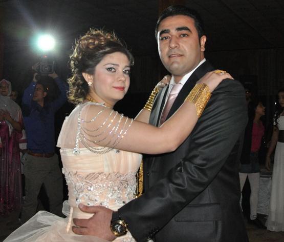 Kadir Aksoy ve Gülsüm Memitanlı evliliğe adım attı