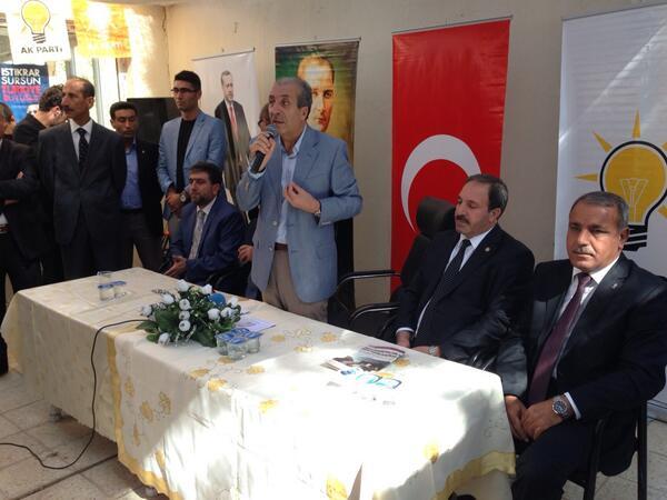 Bakan Mehdi Eker Ceylanpınarlılarla bayramlaştı
