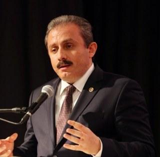 AK Parti'de Meclis Üyeliği Başvuruları Bir Ay Uzatıldı