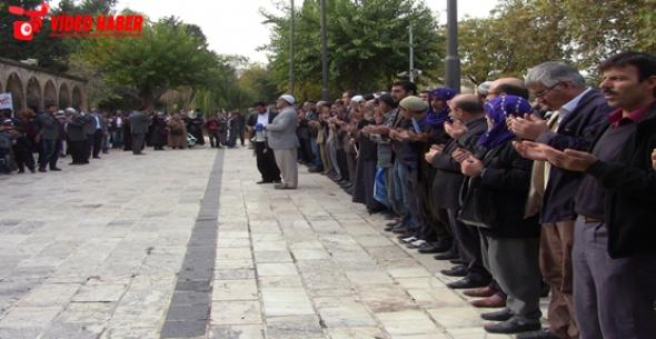 Urfa'da Mazlum Müslümanlar için Gıyabi Cenaze Namazı Kılındı VİDEO