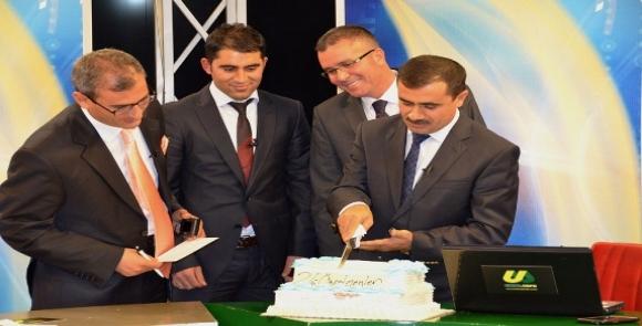 Öğretmenler Gününü Pasta Keserek Kutladı