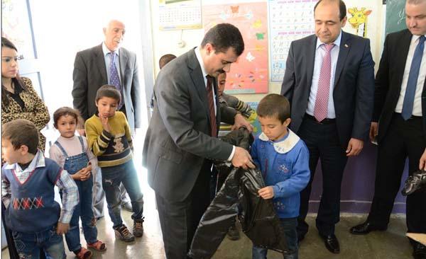 Kiğılı'dan Yenisu Köyü Öğrencilerine Jest