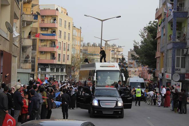 Erdoğan'a Urfa'da sevgi seli