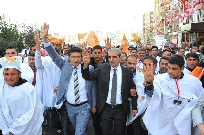 Urfa'da Erdoğan'ı kefenle karşıladılar