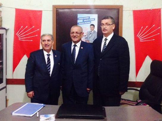 Güvenç, CHP İlçe Başkanlığını Ziyaret Etti