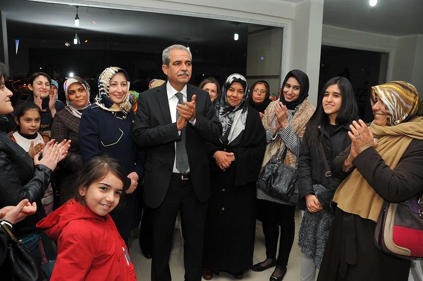 AK Parti Haliliye Zaferi böyle kutladı-VİDEO