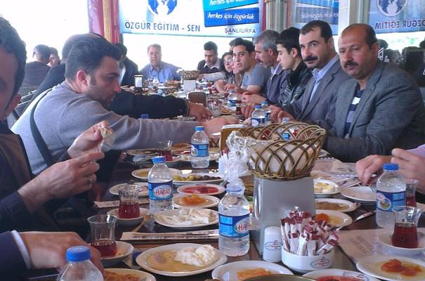 Özgür eğitim sen üyeleri Kahvaltıda buluştu