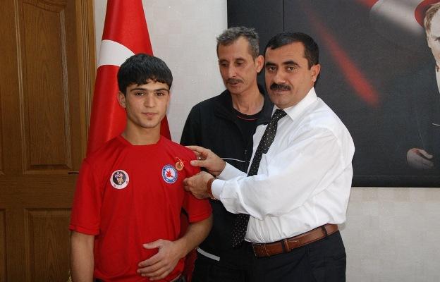 İlci'den Türkiye Şampiyonu Öğrenci 'ye Tam Altın