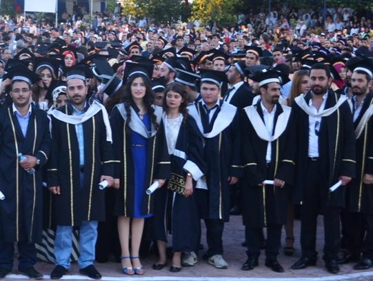 Harran Üniversitesinde mezuniyet coşkusu